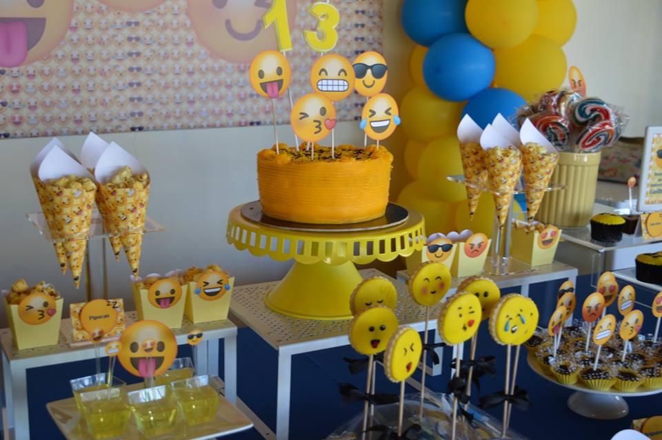 Festa Emojis, Smiles, emoticons ou smiley, Braga, Guimar u00e3es u2013 Planet Party -> Decoração De Emoji Para Festa